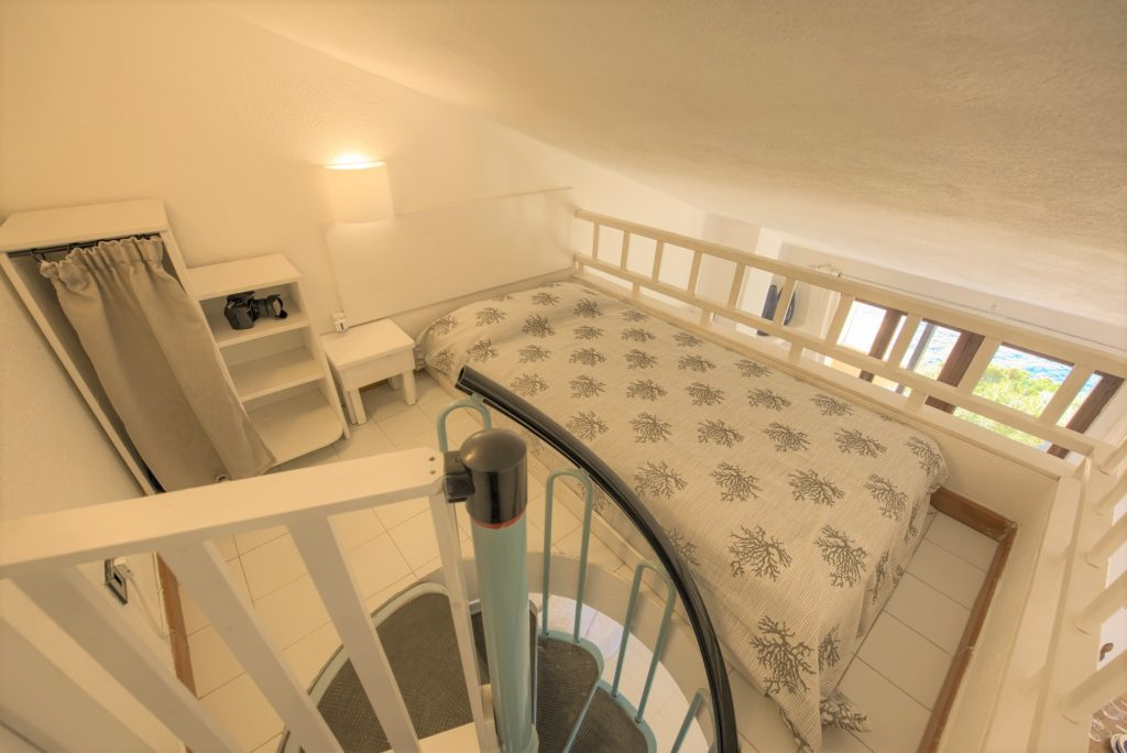 4th mezzanine bedroom ( ideal for 15-18 years old children)