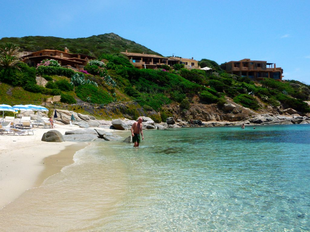 beach of Cala Caterina with direct access from the house