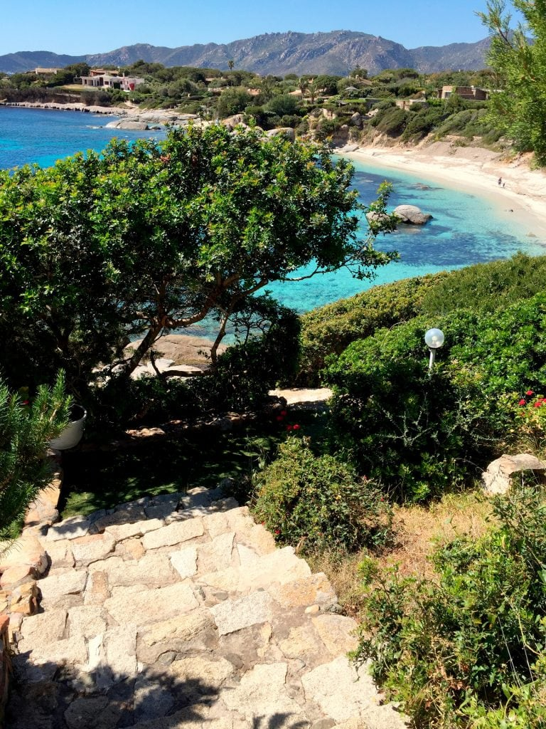 direct access to the beach of Cala Caterina from the house